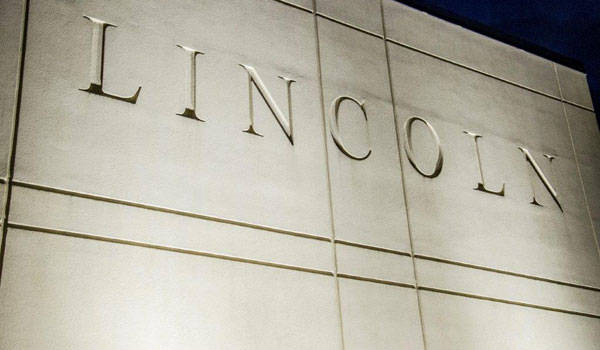 photo of a buidling with the word Lincoln